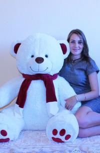 Плюшевый медведь 150 см с шарфом