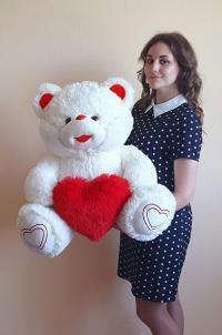 Плюшевый медведь 100 см с красным сердцем